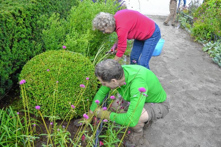 Monadnock Ledger Transcript Region Gardeners