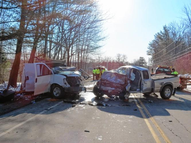 Monadnock Ledger-Transcript - Three hurt in head-on crash