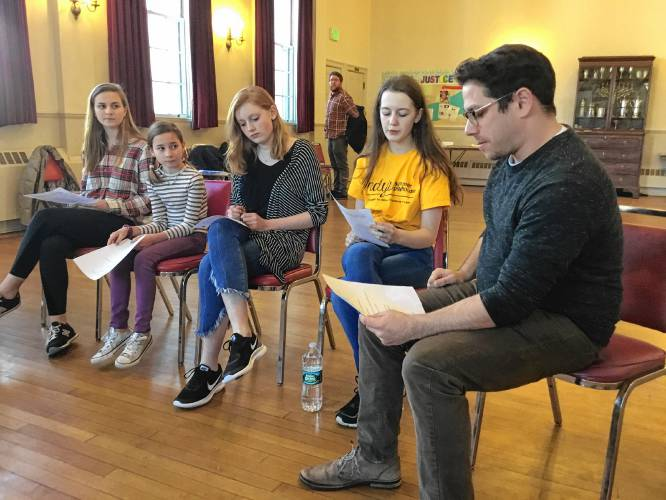 Monadnock Ledger-Transcript - Andy's Summer Playhouse plans 'Summer