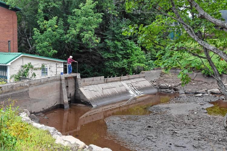 Monadnock Ledger-Transcript - It's drawdown season for dam